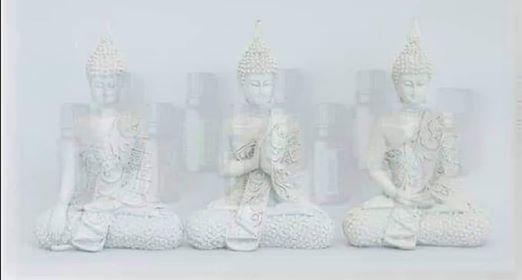 Aromaterapia spirituale, l'approccio della dott.ssa Sara Nardini alla Coscienza attraverso gli oli essenziali e le sue tecniche di ascolto profondo